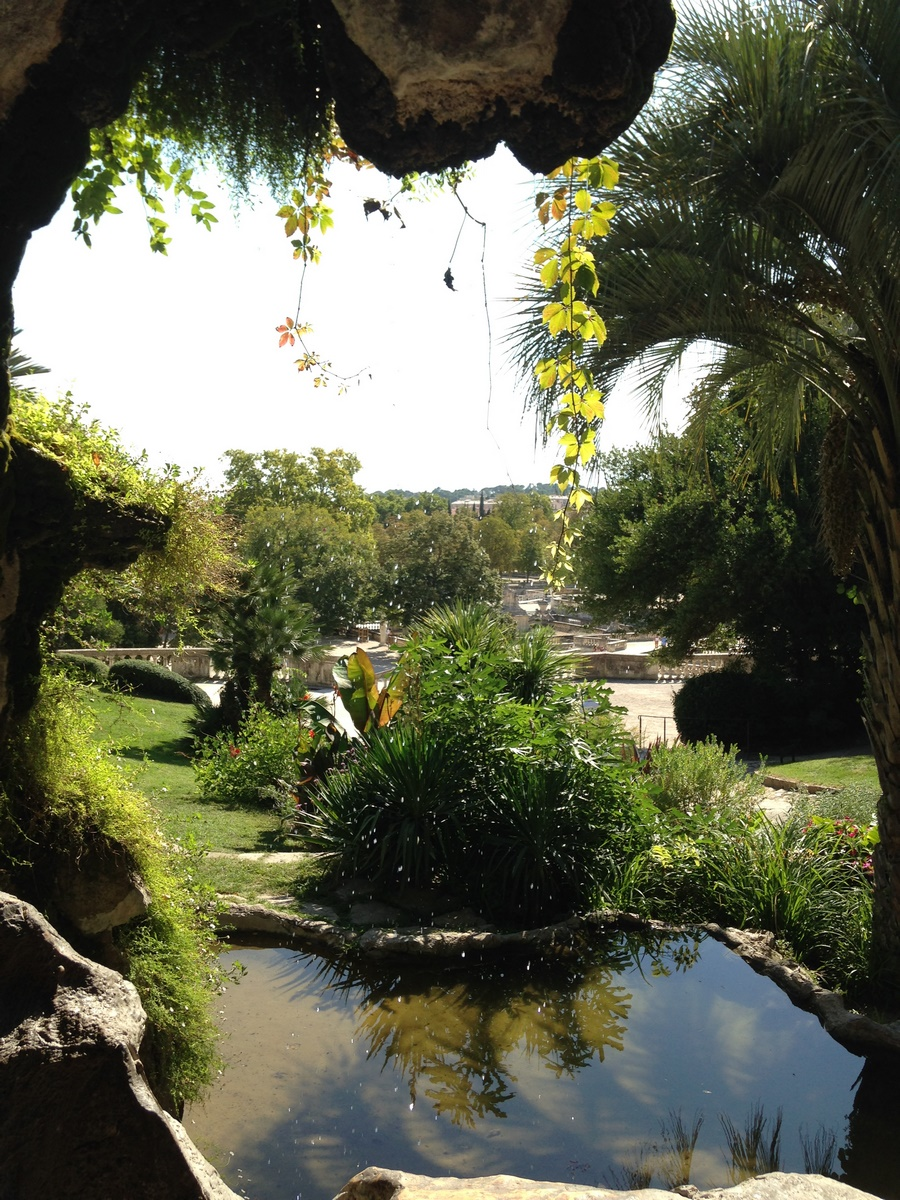 Le jardin de la fontaine n mes the south of france - Cave enterree jardin ...