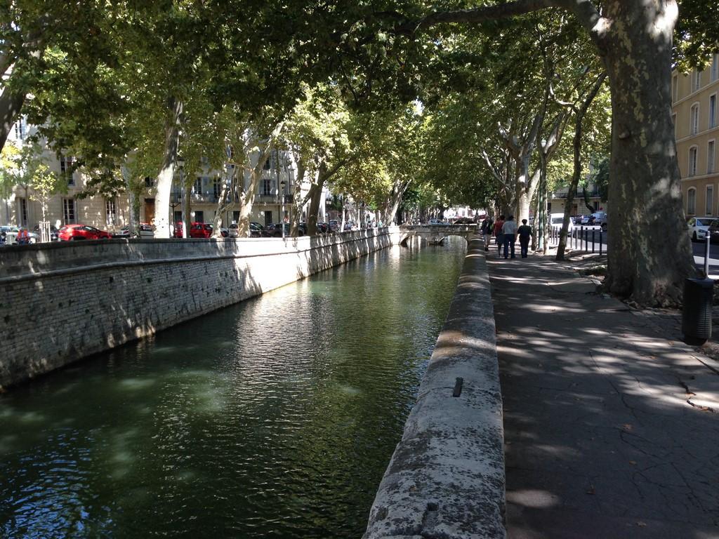 Quai de la Fontaine, Nîmes