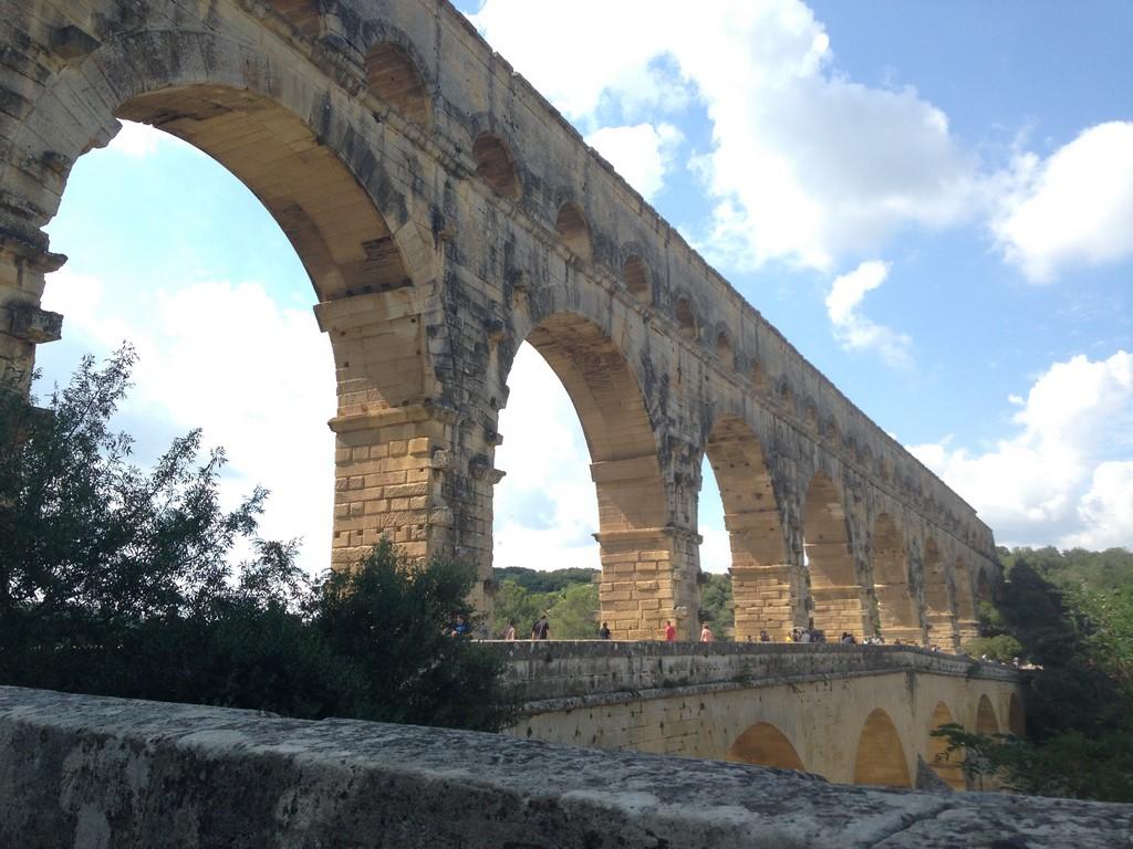 Roman Aqueduct, Pont du Gard, Languedoc Roussillon